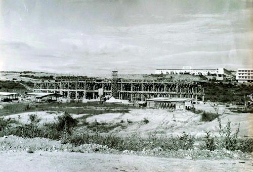 Obra de construção do Coltec, nos anos 1960. Acervo: Coltec