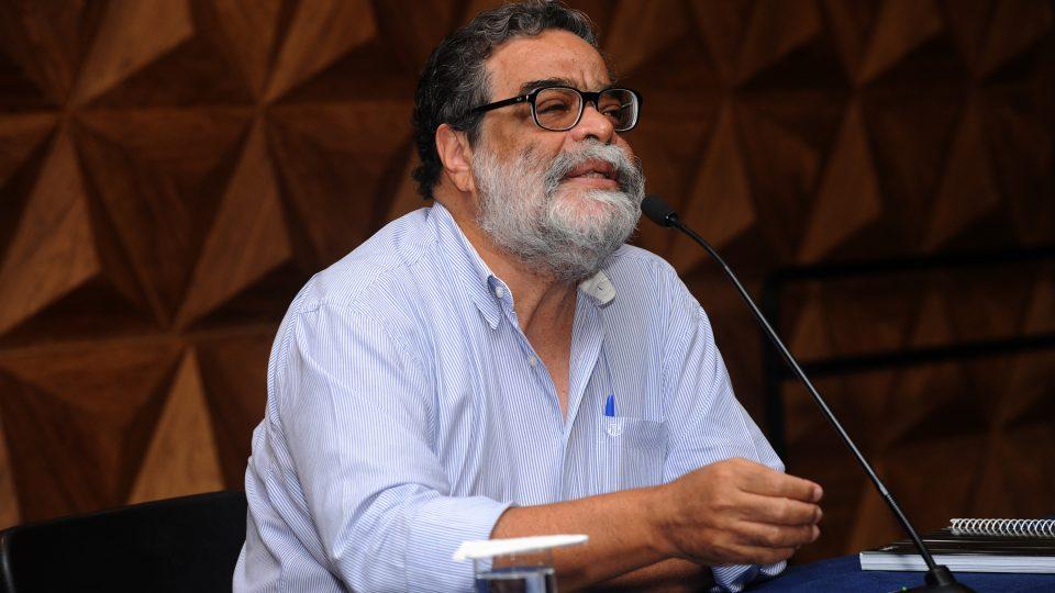 Professor da Face abordou surgimento do ensino, da pesquisa e da extensão. Foto: Foca Lisboa/ UFMG