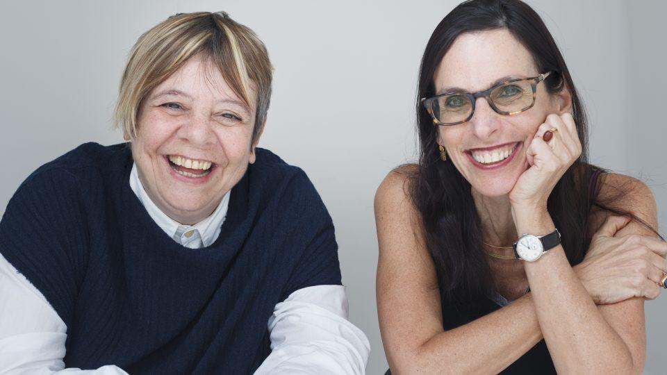 Livro escrito pelas duas pesquisadoras vai nortear a conferência. Foto: Renato Parada