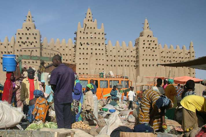 Centro histórico de Djenné, no Mali, Patrimônio Histórico da Humanidade. Foto:  Ferdinand Reus, Arnhem, Holland / Wikimedia Commons