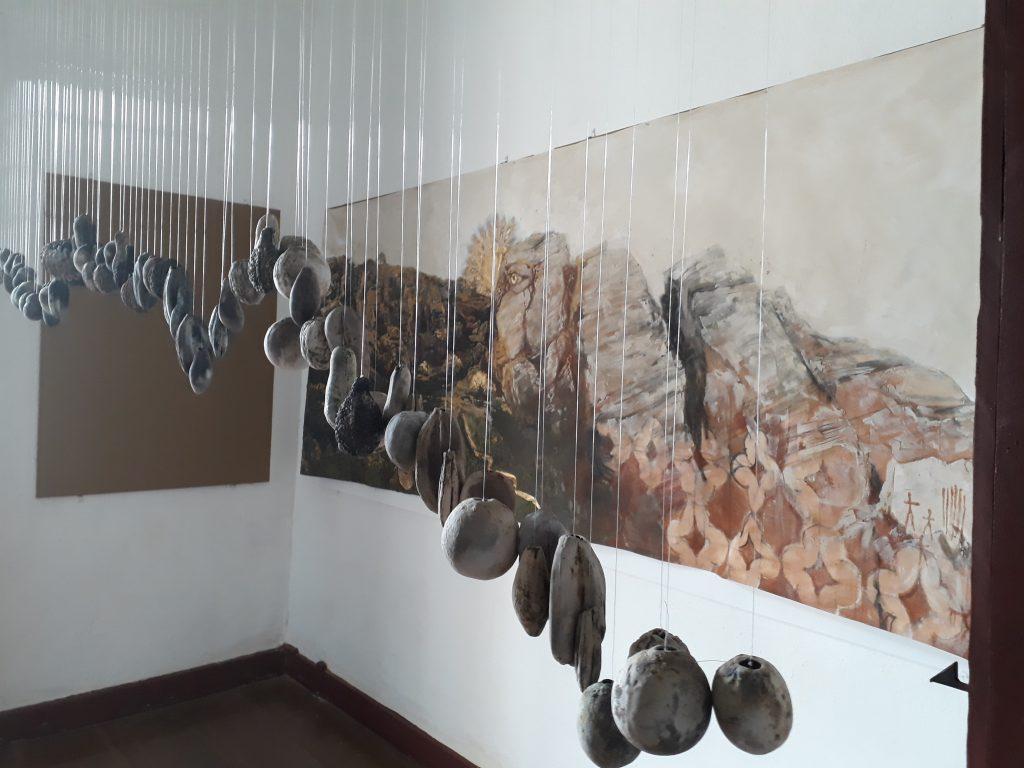 """Obras da exposição """"Confidências da Paisagem - Espaço e Memória"""", de Zandra Martins - UFSJ-Unesp (Lorene Souza)"""