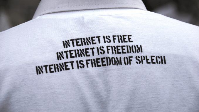 imagem-internet-is-freedom-of-speech