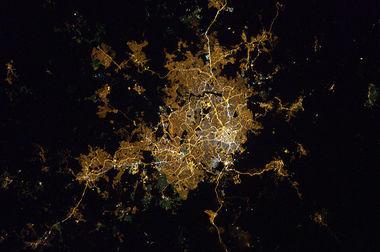 Belo_Horizonte_at_night.jpg