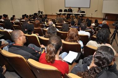 Luis_Nassif_debate.JPG