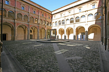 Universit%E0_di_Bologna_Carlo_Pelag-wikimedia-commons.jpg