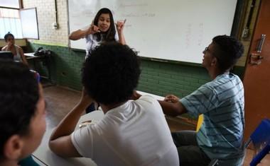 escola-bilingue-surdos-taguatinga-df-1.jpg